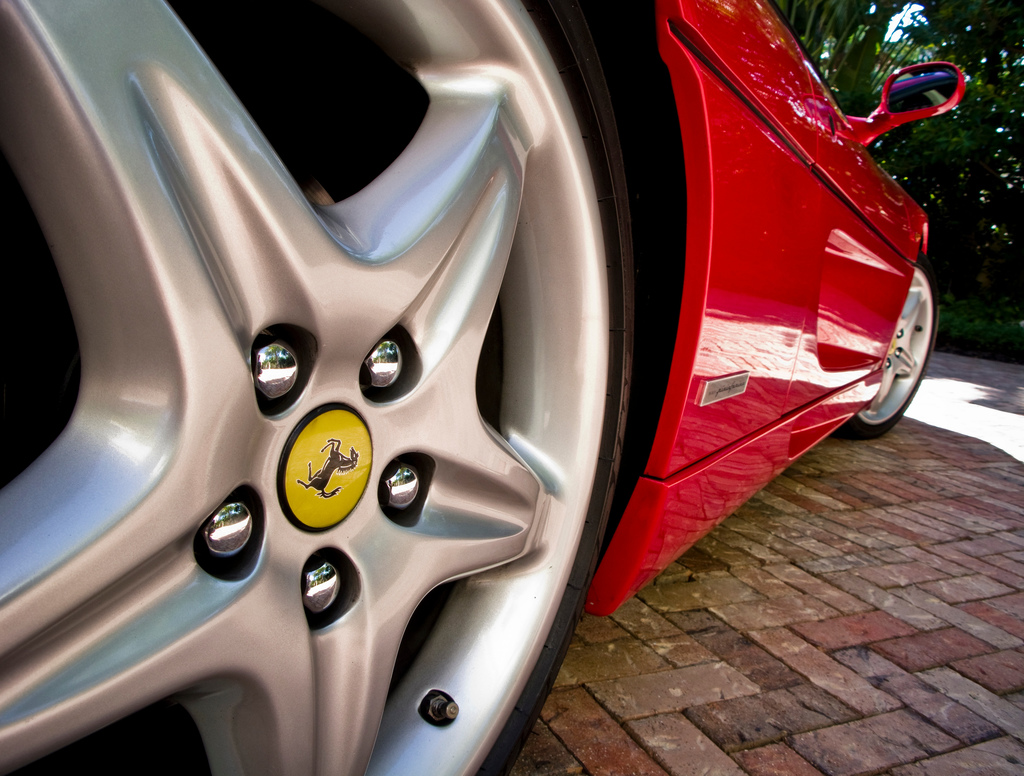 Miami Images Expensive car