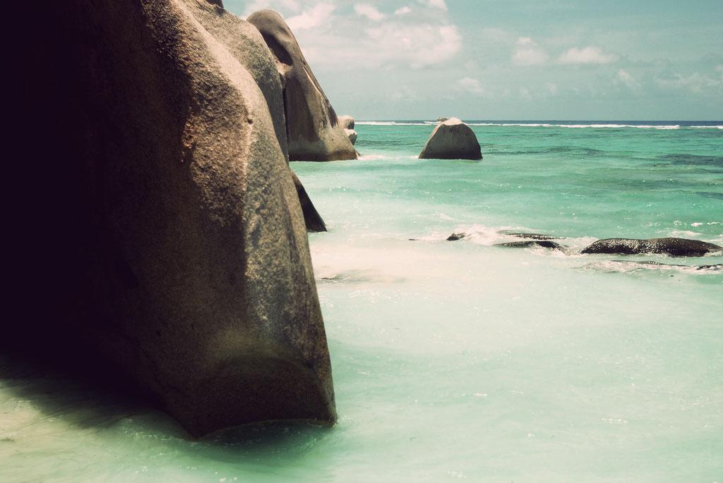 seychelles water scape