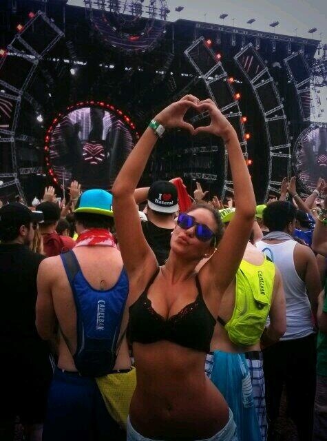 miami ultra 2014 girls love