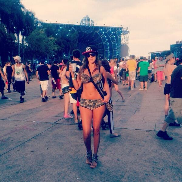 Ultra Miami Girl 2014